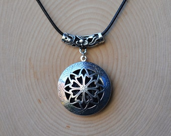 Lava Stone Essential Oil Diffuser Necklace//Medallion//Aromatherapy//2ML Essential Oil