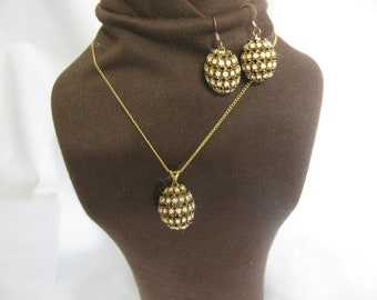 Handcrafted Domestic Finch Egg Necklace and Pierced Earring Set