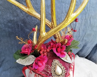 Twisted Antler Crown; Red and Gold