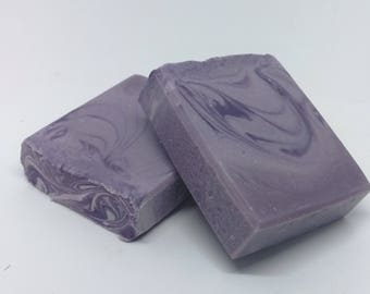 Natural and vegan artisan lavender soap.