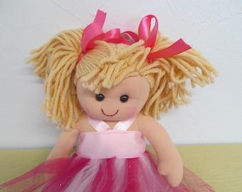 Adorable Rag Doll PLUS 5 Dresses and Doll Panties