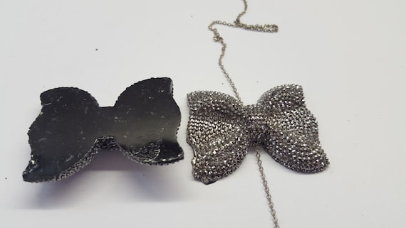 Black Hematite Large Flat Back Chunky Resin Rhinestone Embellishment Bows C11