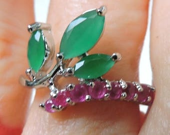 Women's emerald and ruby ring, women's fashion jewelry, ruby ring, emerald ring 925 silver, gift for her, Birthday her, birthday mom