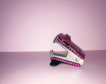 Hot Pink bedazzled mini staple remover