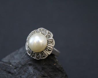 Sterling Silver Pearl and Marcasite Flower Ring, Sterling Marcasite Flower, Sterling Silver Flower Ring, Sterling Silver Pearl Ring