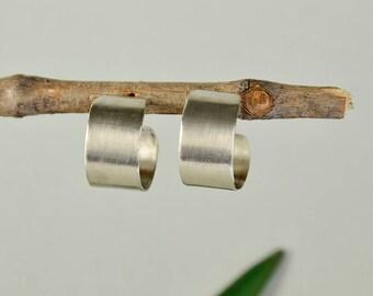 Small wide hoop, matte silver or gold stud, hammered hoop, thick earrings , plain fat hoop, custom jewelry, creole hoop, women earrings