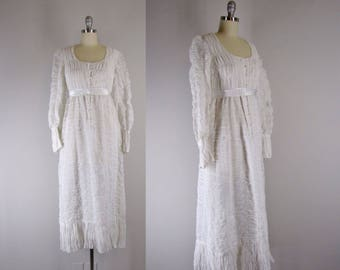 1970s Vintage Dress  / Vintage 70s Retro British Regency Design Vintage Cotton Voile Dress