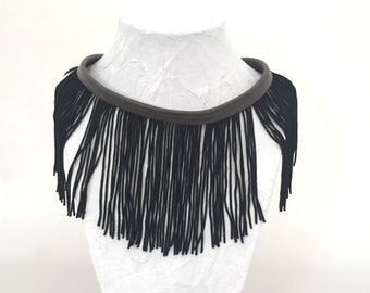 Recycled grey leather Choker and its black fringe