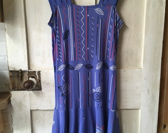 Flattering handmade, vintage flapper style dress.