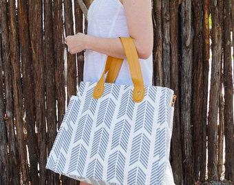 Gray Arrows Weekender Tote Bag - Large Diaper Tote