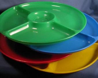 Vintage Gothamware Plastic Picnic Plates - Set of Four Colors
