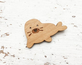 ANIMAL | Cute Baby Seal Brooch Pin
