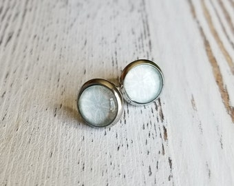 Boucles d'oreilles Boucles d'oreilles cabochon bleu clair, 10mm de diamètre
