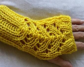 Knitting pattern lace panel wristers