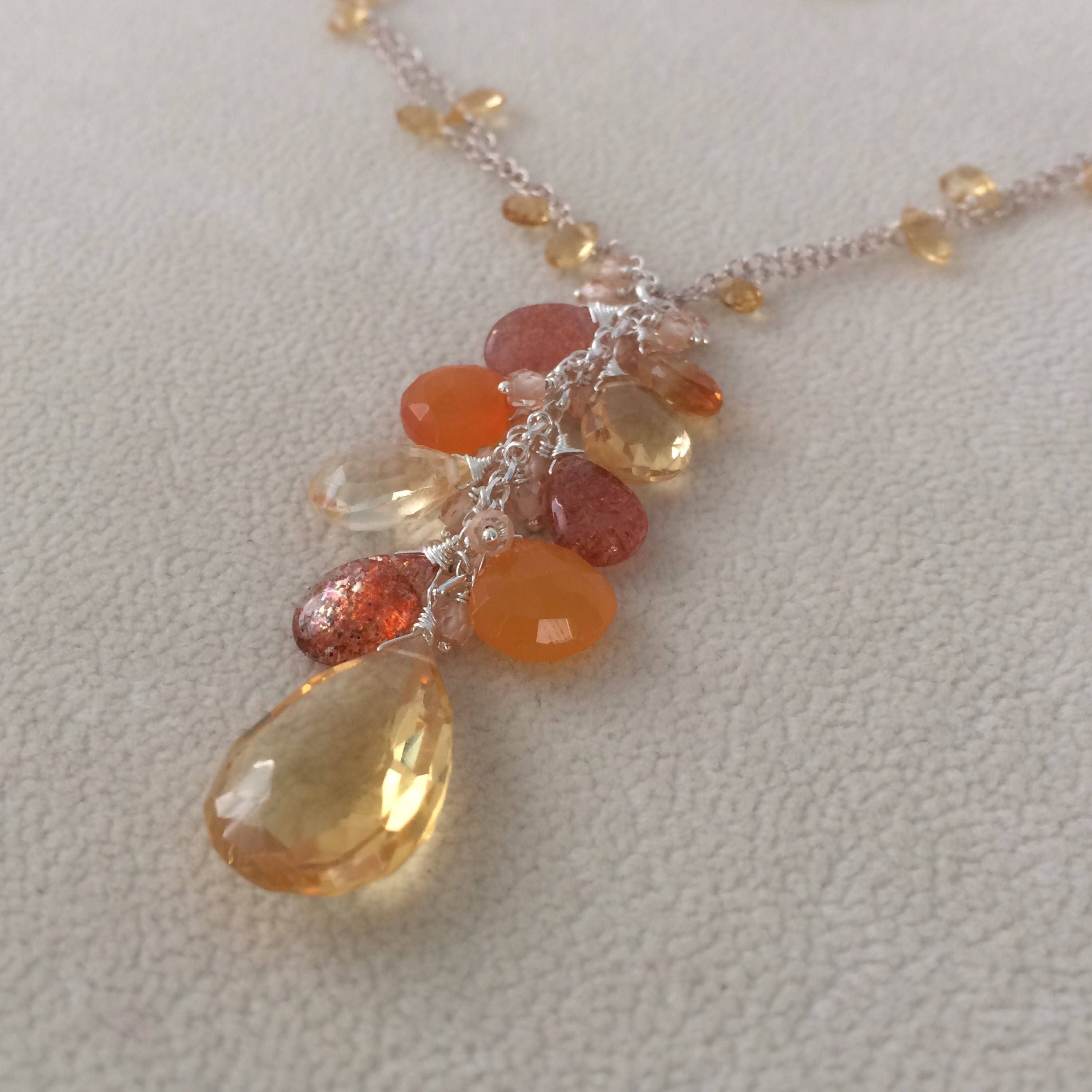 sunstone oval pendant pendants en