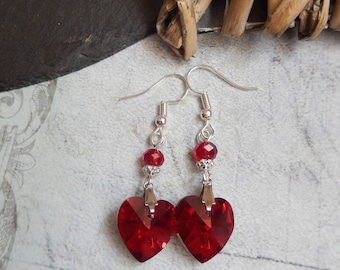 Gothic Blood Red Crystal Heart Beaded Drop Earrings Victorian/Retro/Vintage UK