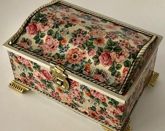 Vintage, Floral Treasure Chest-Shaped Candy Tin Box - Made in West Germany - Beautiful trinket/makeup/jewelry/stash tin!