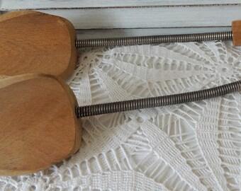 Vintage Shoe Stretchers, Wooden Shoe Lasts, Shoe Storage, Wooden Shoe Form, Shoe Keeper, Shoe Shaper, Shoe Mold, Collectibles