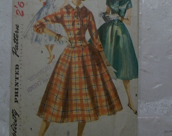 """Darling 1955 full skirted dress pattern bust 34"""" fit and flare"""