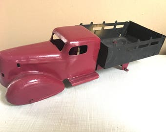 Awesome Antique Metal Toy Car