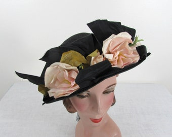 New York Creations black straw with ribbons & flowers - 1940s