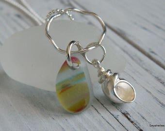 Sterling Sea Shell Charme mit einer Art farbenen Meer Glas mit gewellten Sterling Ring