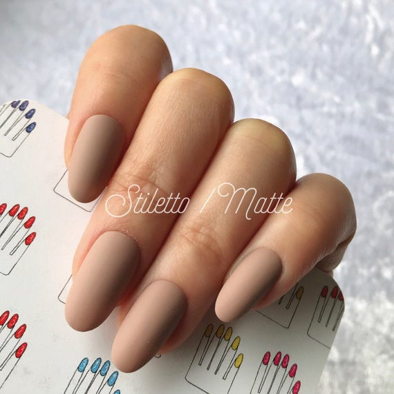 Oval Matte Chocolate Beige Hand Painted Nail Tips / Press