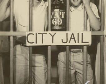 vintage photo 1955 Vernacular Snapshot Young Men City Jail Arcade Lrg Photobooth