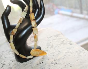 Vintage Chinese Jade Necklace, Jade Jewelry. Vintage Jade Jewelry