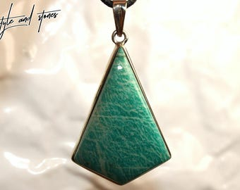 Amazonite on leather strap / cotton cord (necklace)