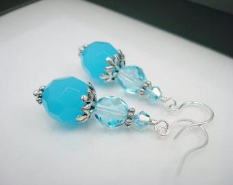 Aqua Earrings, Bright Earrings, Aqua Blue, Sky Blue, Beaded Earrings, Dangle Earrings, Blue Earrings, Silver Earrings, Sky Blue Jewelry