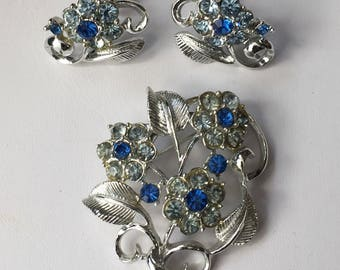 Vintage signed Coro Blue and Silver tone Brooch and screw back Earrings