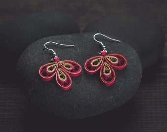 Red quilling earrings/ 49ers quilling earrings/ Red & gold  quilling earrings/ Quilling/ Paper jewelry/ Quilling jewelry/ 49ers earrings