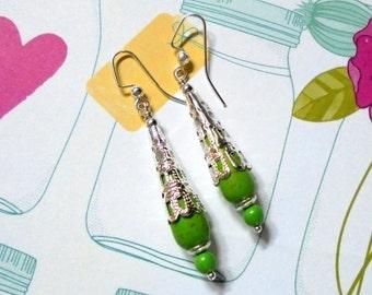 Green and Silver Filigree Drop Earrings (2676)