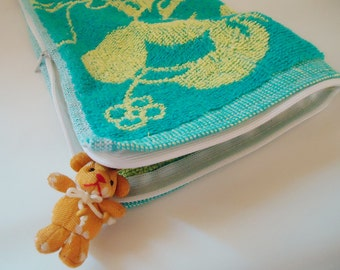 Handmade Towel Zippered Pouch.Very Original.Minni Mouse
