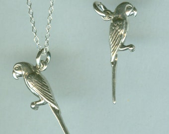 Sterling MACAW PARROT Pendant and Chain - 3D - Pet