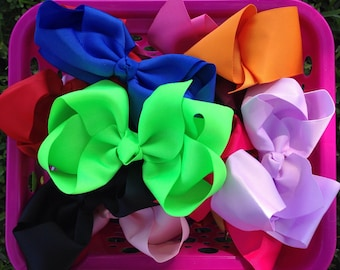 Girls Hairbows! You choose bundle size. Hair bow bundle! Big Boutique bows at wholesale prices! On sale!