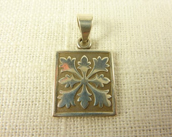 Vintage Sterling Square Snow Flake Pendant