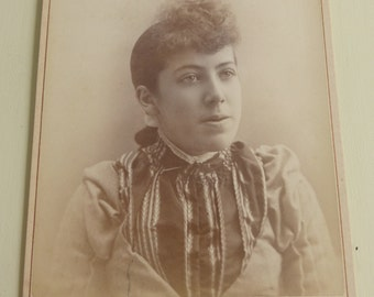 Antique Cabinet Card Young Lady  CC425
