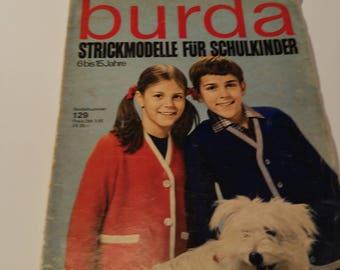 Burda knitting Magazine in German 1960s childrens knitting patterns