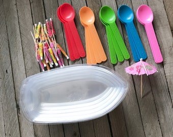 16 Clear Banana Split Boats/Dishes- 12 Ounces , Ice Cream Party, Dessert Bar with Eco Friendly Plastic Spoons, Paper Umbrellas