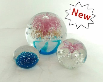 A Selection of Beautifully Made Controlled Bubble Lampwork Glass Paper Weight - Various Sizes