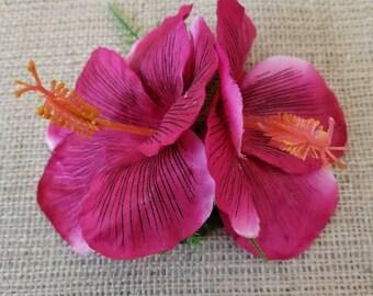 Hibiscus hair clip, magenta hibiscus hair clip, dark pink hibiscus hair clip, hula hair accessory, tropical flower hair clip
