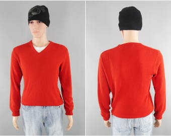 1980s Vintage / V-Neck Sweater / Red Sweater / Preppy Sweater / Puritan Sweater / Orlon Acrylic / Made in USA / Golf Sweater / Size Medium