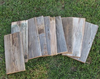 ON SALE - Reclaimed Old Fence Wood Boards - 10 Fence Boards - 12 Inch Lengths - Weathered Barn Wood Planks Good Condition - Great Crafting!