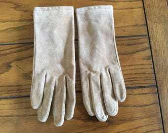 Vintage (1970s) Women's Tan/Light Brown Suede Gloves