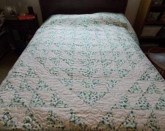 Apple Blossom Full/Double Quilt