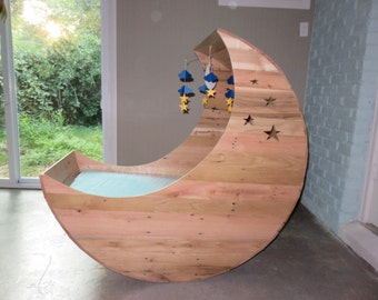 Hand Crafted Half Moon Cradle, Pallet Furniture, Half Moon Crib, Baby Cradle,Nursery Furniture, ,Baby Crib
