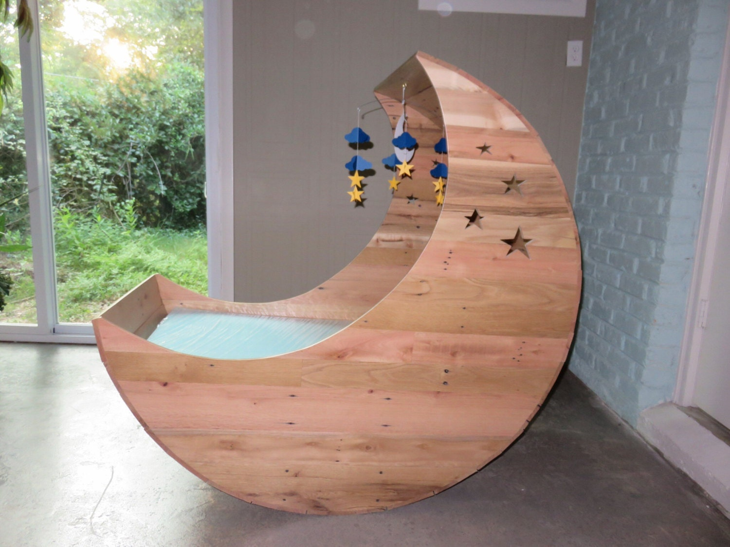 Hand Crafted Half Moon Cradle Pallet Furniture Half Moon