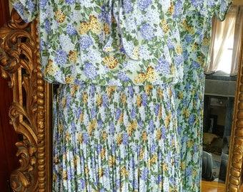 Vintage 1980's Leslie Fay 1930's Style Hydrangea Print Dress Size 10